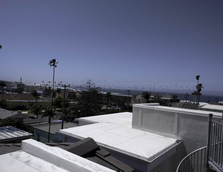Rooftop Deck with View